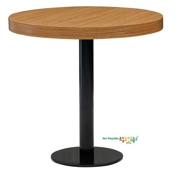 Boyalı Sütun Ayaklı Yemek Masası Q 80 Yuvarlak klasik ve modern tasarımları ile her dekorasyon tarzına uygun! Yemek ve mutfak masası farklı renk seçenekleri ile Avantaj Metal'de.