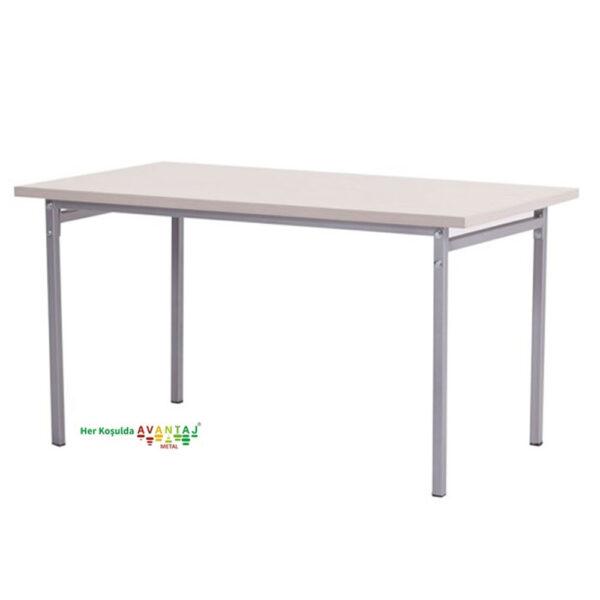 Yemek Masası 80 x 138 cm klasik ve modern tasarımları ile her dekorasyon tarzına uygun! Yemek ve mutfak masası farklı renk seçenekleri ile Avantaj Metal'de.